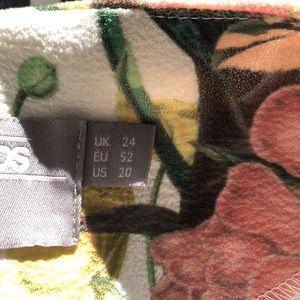 ASOS Curve Dresses - 09/21 SALE- NO OFFERS- WAS 39$